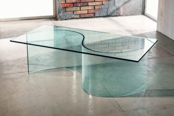 Il vetro curvato per il tavolino da salotto di Imago Factory Oasis il ritratto