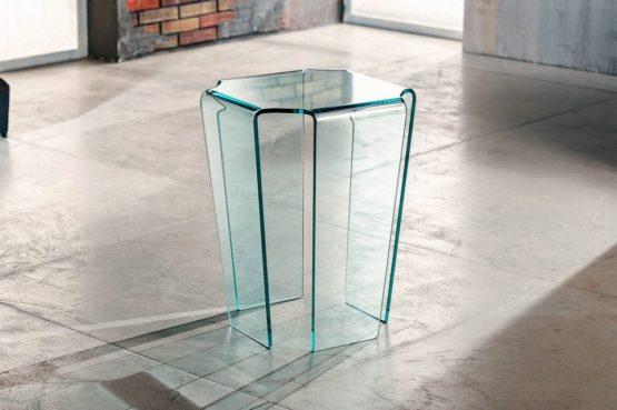 Il vetro curvato per il servetto da salotto di Imago Factory Fjord il ritratto