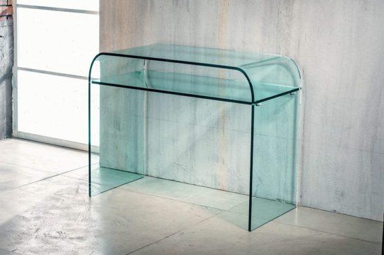 Il vetro curvato per la consolle di Imago Factory Rhapsody: il ritratto