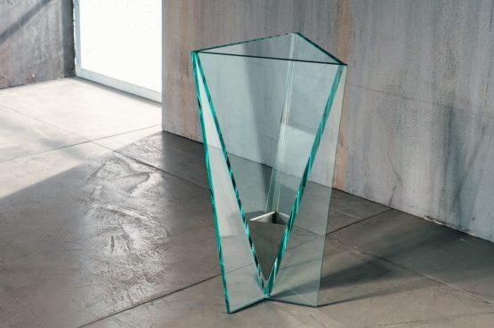 Il vetro incollato per il porta ombrelli di Imago Factory Drop: il ritratto